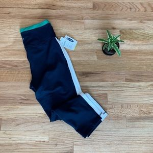Old Navy Active High Rise Go-Dry Crop Leggings